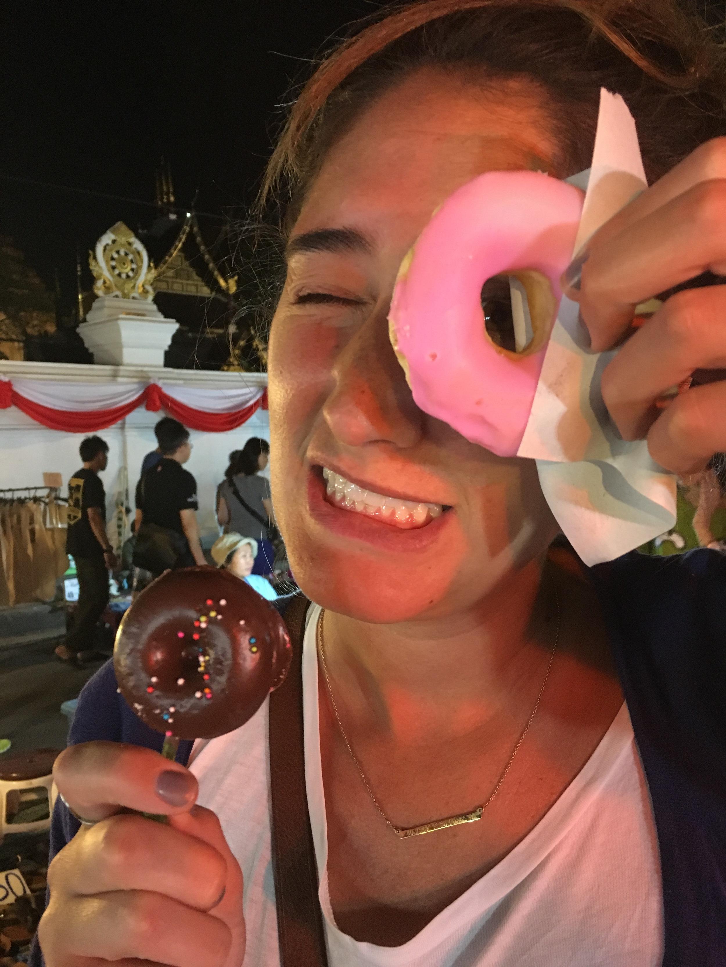 Donut eyehole