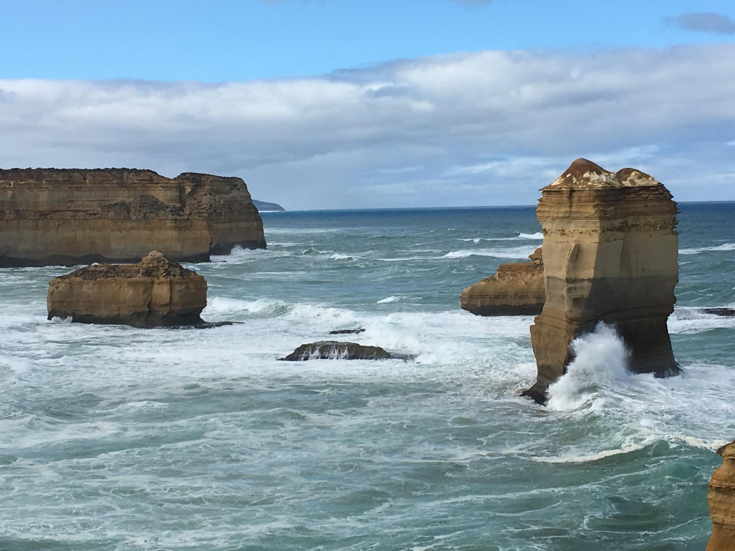 Rock vs Wave