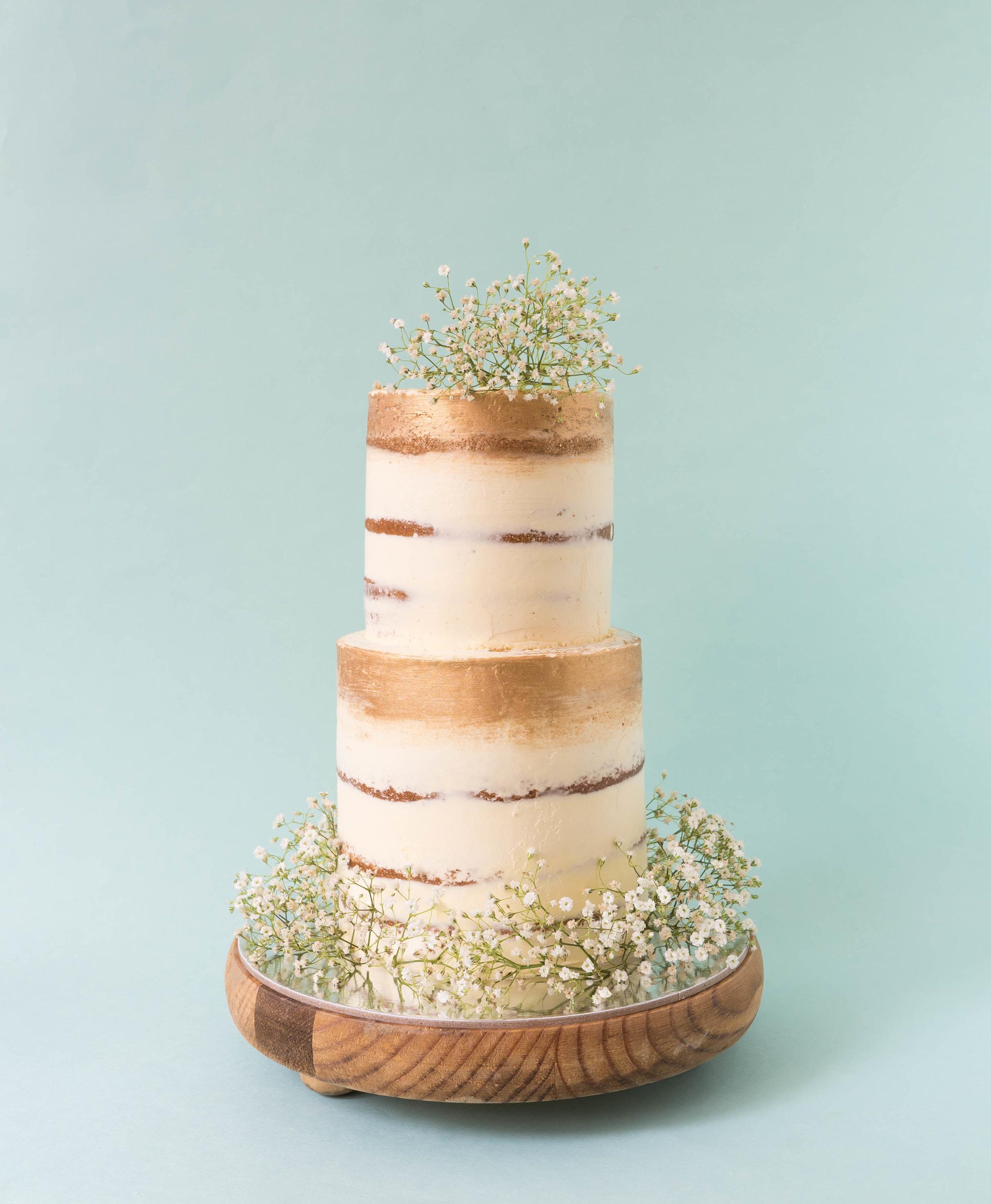 Chloe Babysbreath Cake.jpg