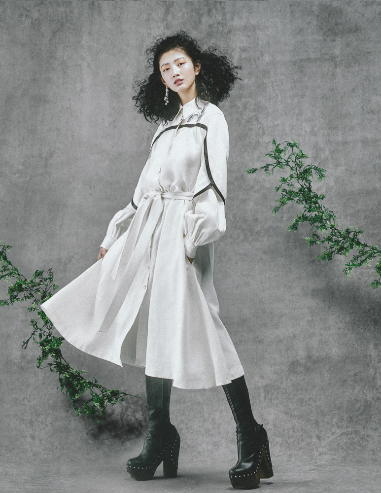 Vogue TW02417-Edit.jpg