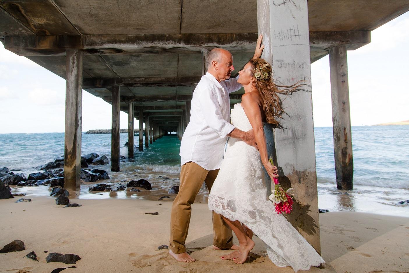 wedding photography makai pier oahu hawaii