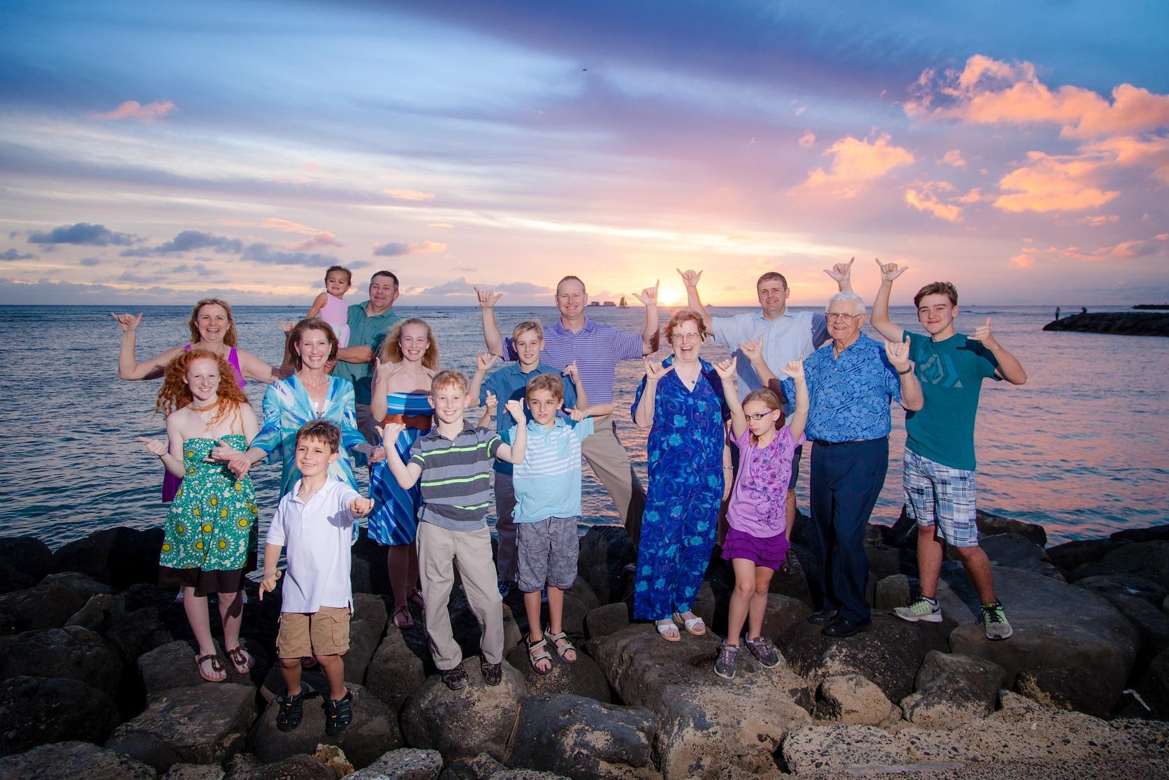 family sunset photos hilton lagoon village waikiki