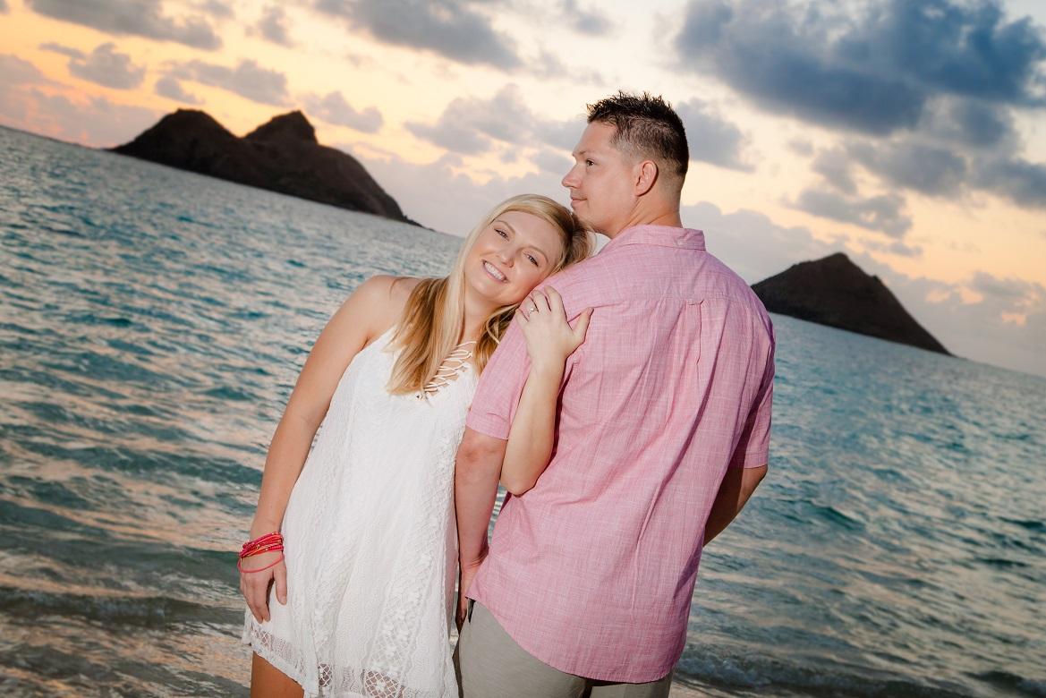 engagement couples sunrise portrait
