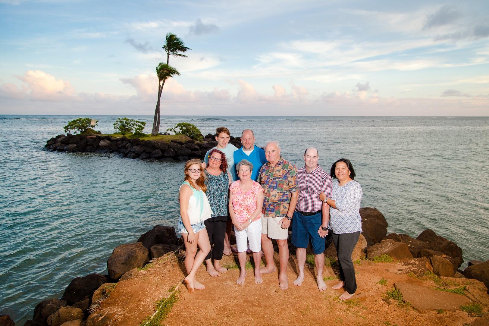 family sunset beach photographer waikiki oahu hawaii