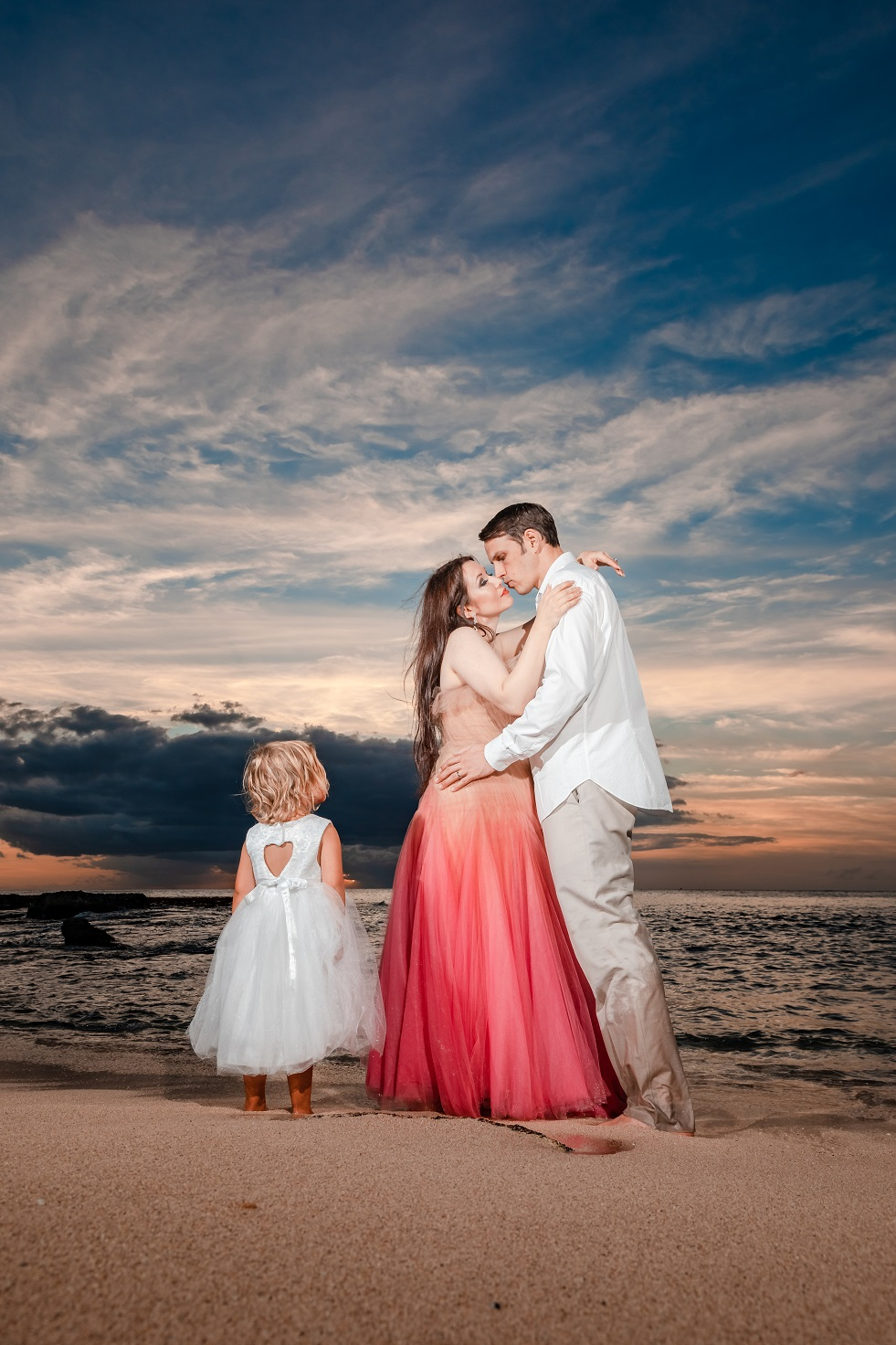 family beach sunset portraits disney aulani oahu photographer