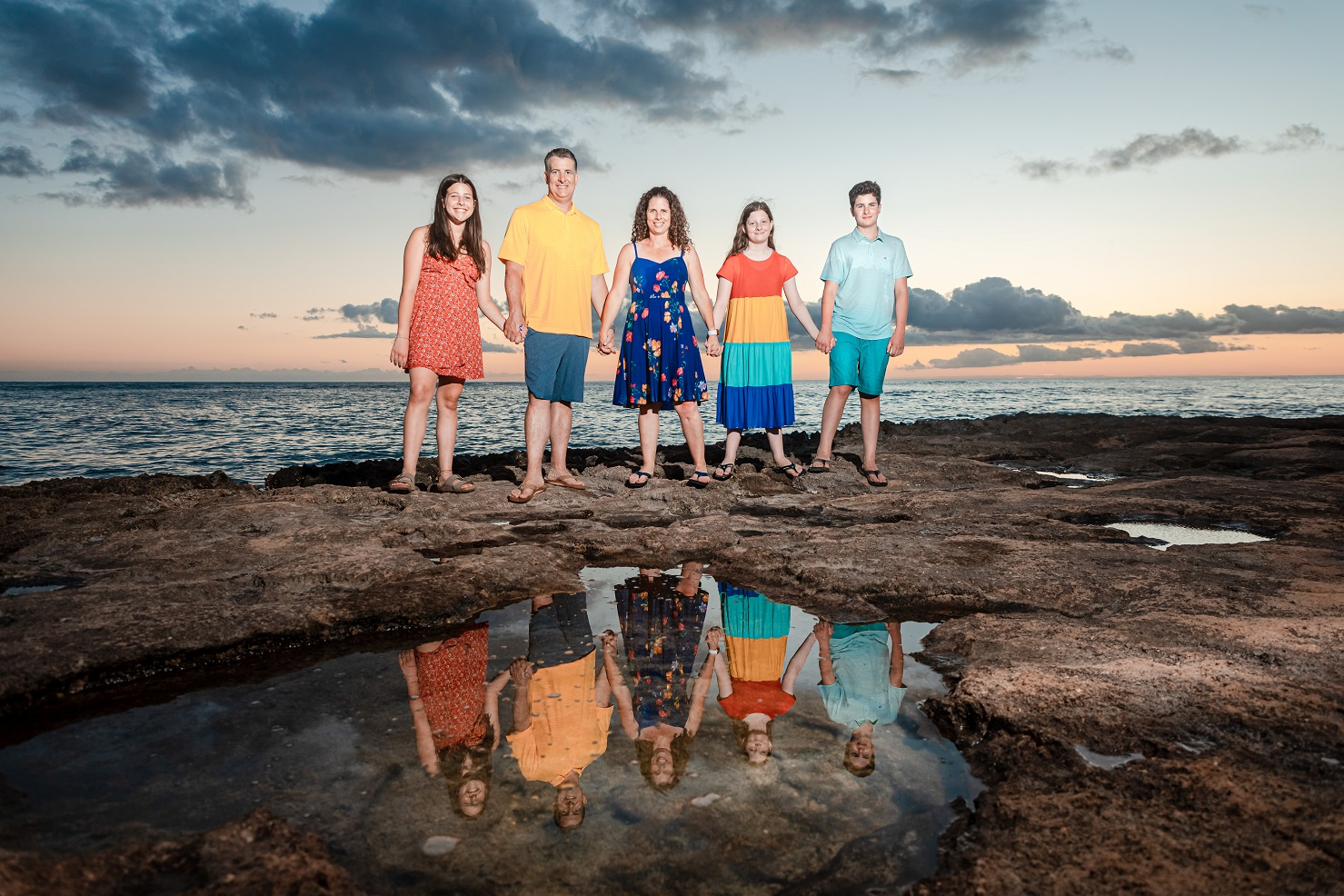family sunset tidepool reflection beach photography portrait oahu