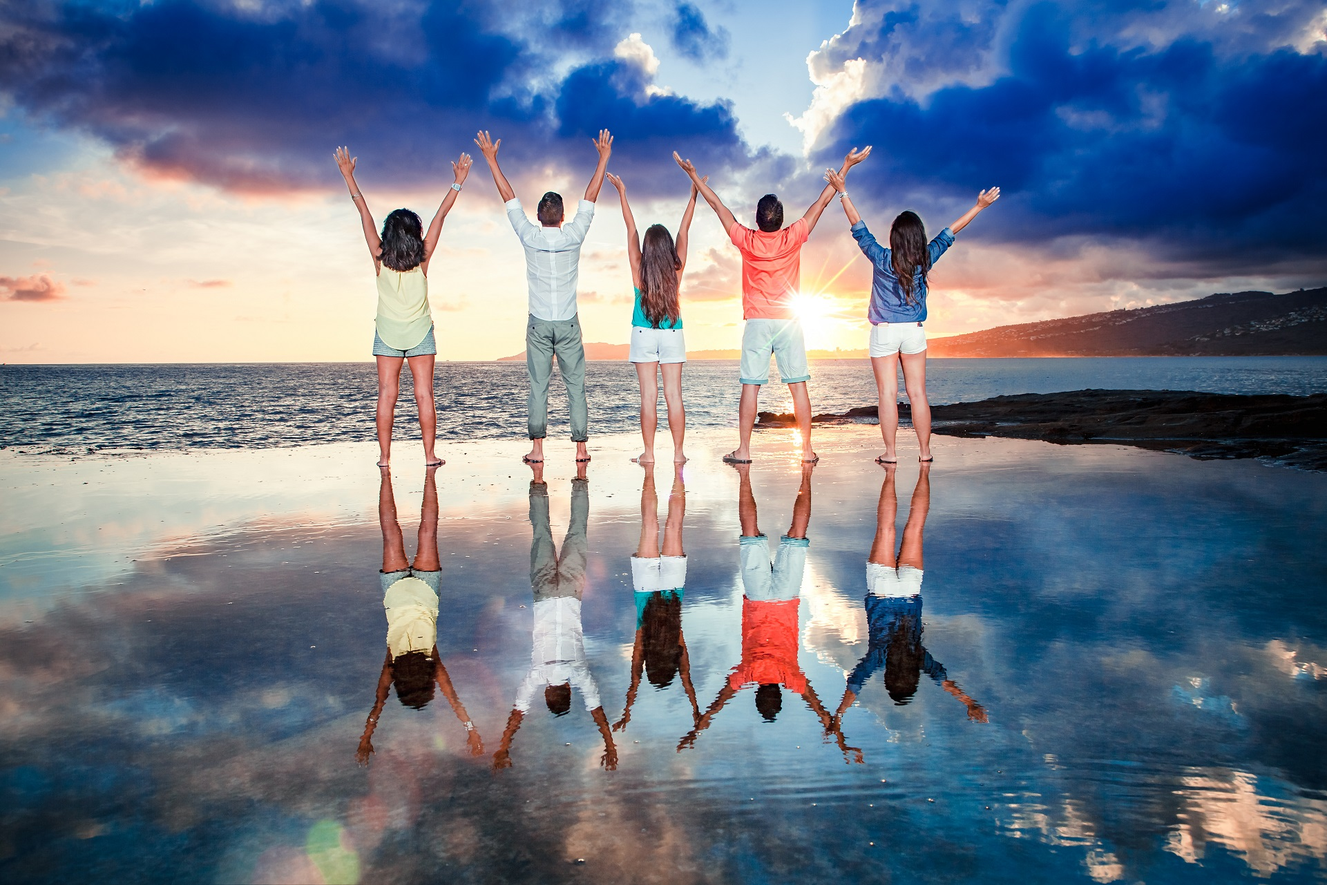 family reflection portrait photography tidepool sunset oahu hawaii ocean