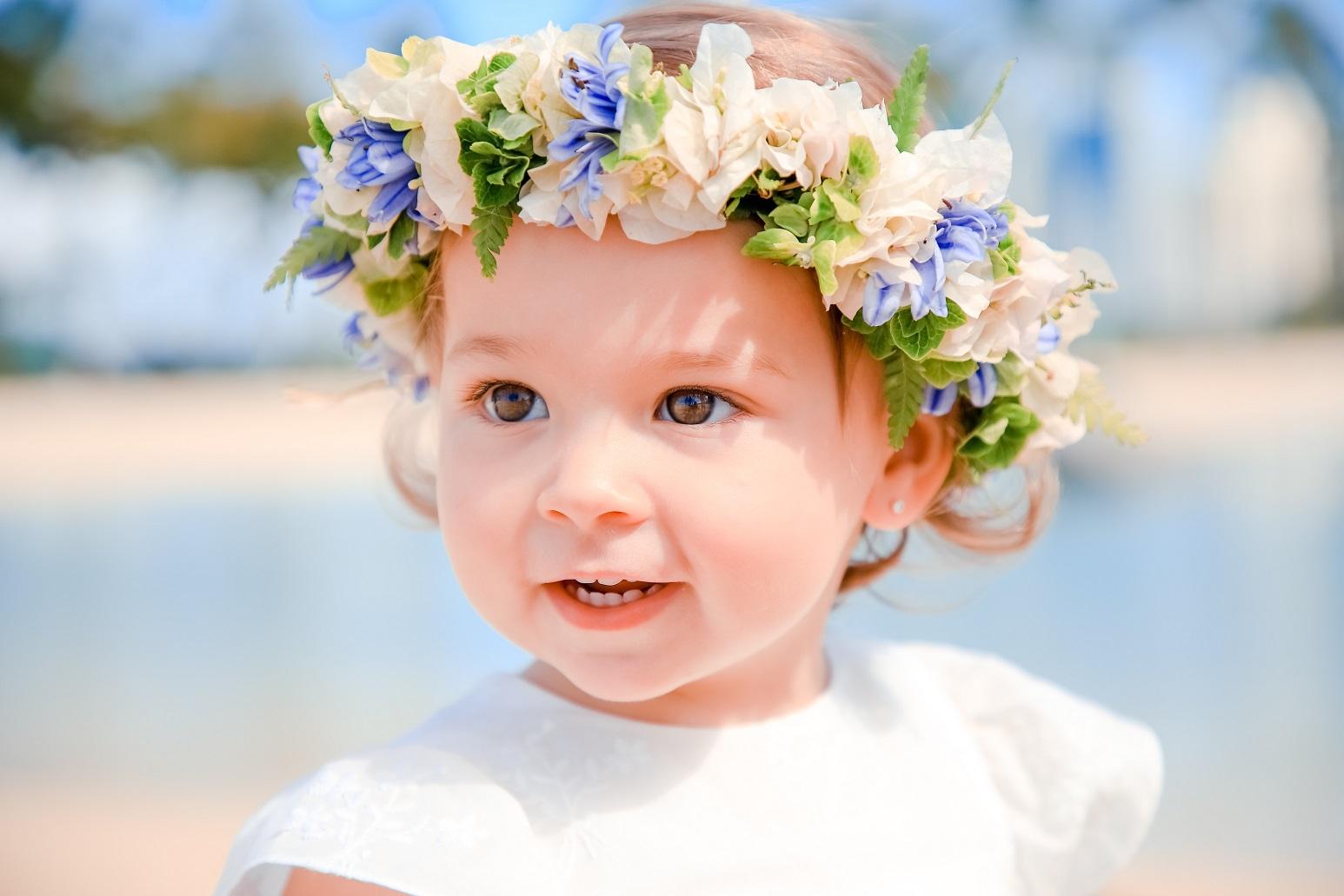 cute little girl waikiki hawaii beach portrait childrens family photographer
