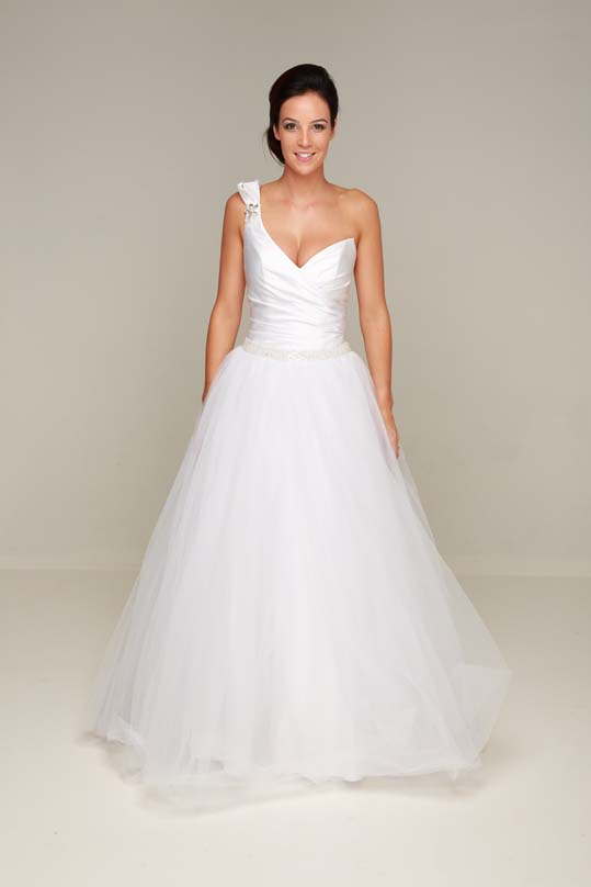 2013 DEBUTANTE    VIEW COLLECTION