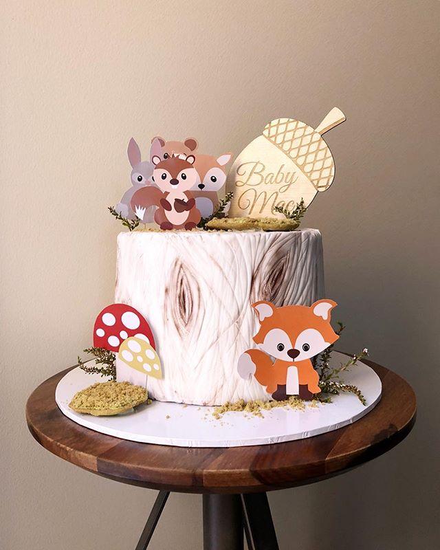 Woodland Theme 🐰🐻 Topper: @spaceengravers . . . . . . . . #cake #cakes #cakeart #cakesofinsta #cakesofig #cakestagram #cakeoftheday #babyshower #freshflorals #sydneyfoodie #sydneycakes #sydneyeats #lovelocalcamden #flowerwall #cakedecorating #cakeboss #cakevideo #cakelovers #cakedesign #woodland #woodlandbabyshower #woodlandtheme #woodland