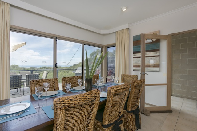 Beautiful dining area with scenic outlook
