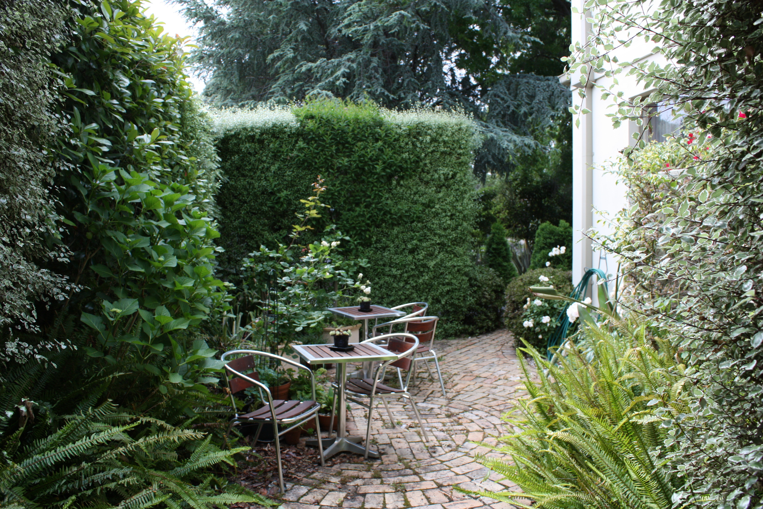 Bistro courtyard