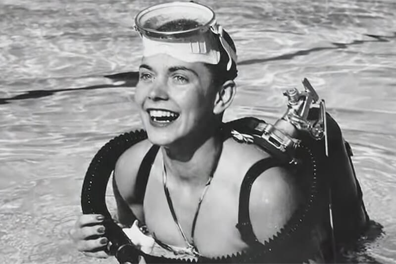 Zale Parry was the first woman to complete a 300 meter test dive