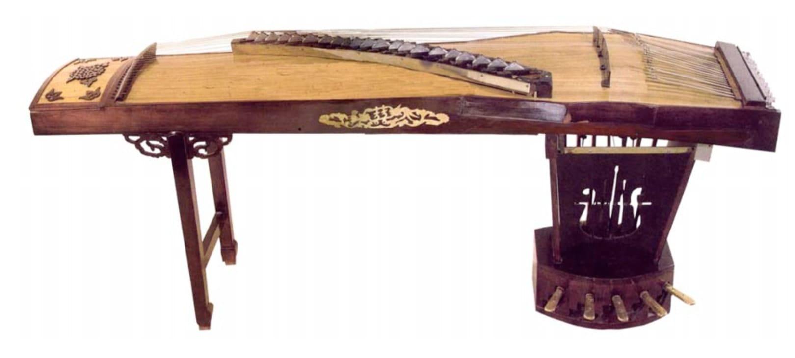 1974 pedal zheng Han Mei.jpg