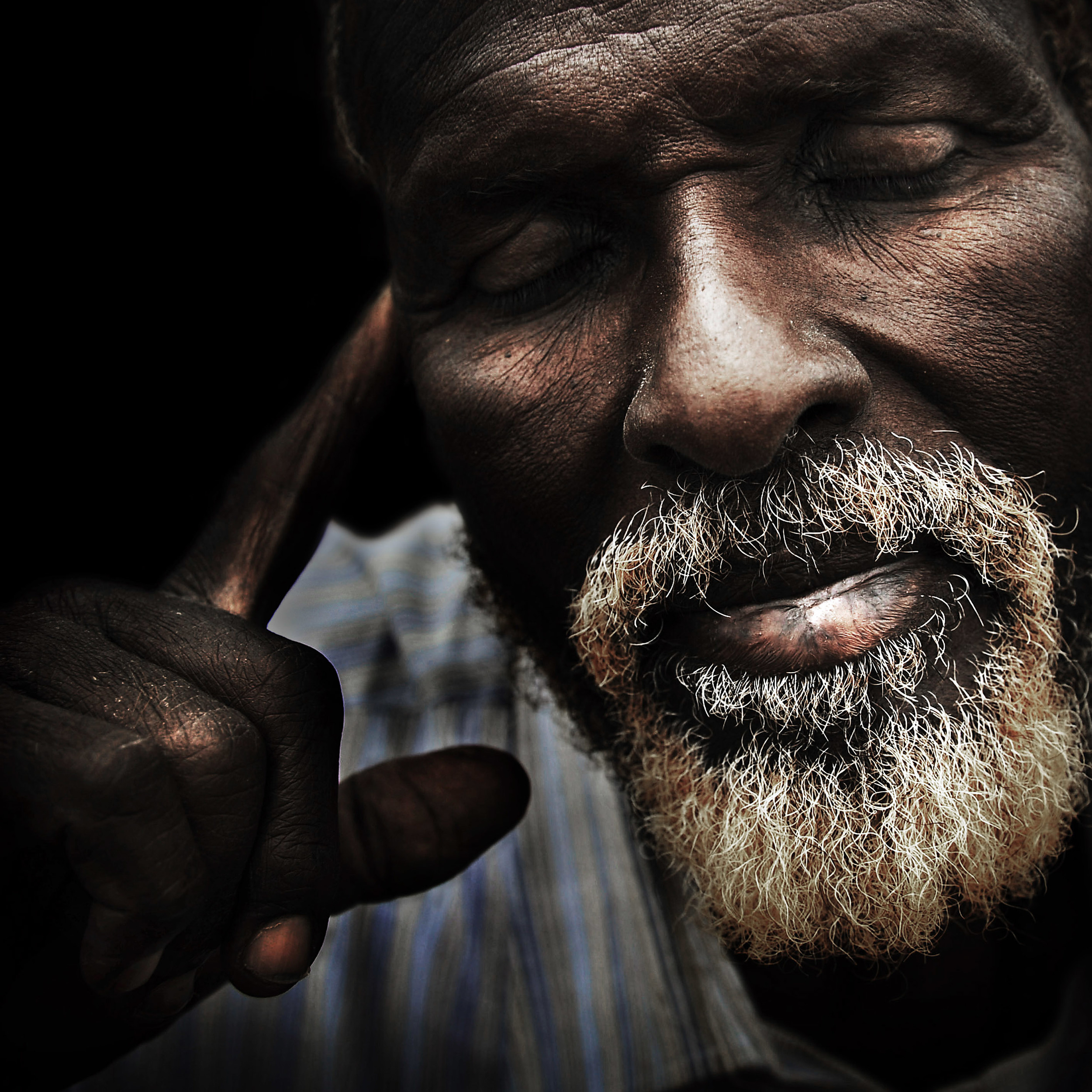 A Somali man at a refugee camp in Dadaab. From the neighbouring country of Somalia an estimated 8000 refugees cross the border each month to escape the desperate living conditions.