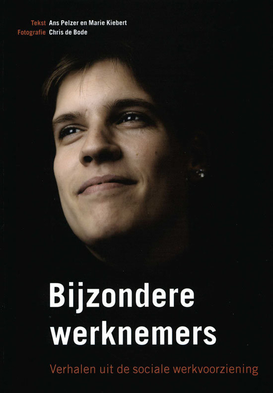 """In the book """"Bijzondere Werknemers"""",twenty one employees with a handicap tell about their lives and the social employment service."""