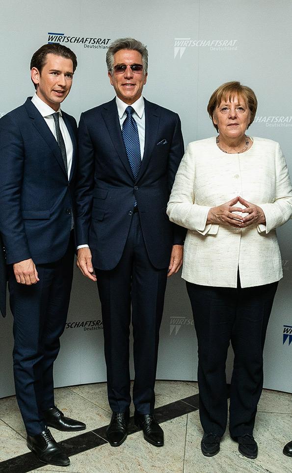 Sebastian Kurz,BundeskanzlerderRepublik Österreich, SAP CEO Bill McDermott und Bundeskanzlerin Angela Merkel MdB