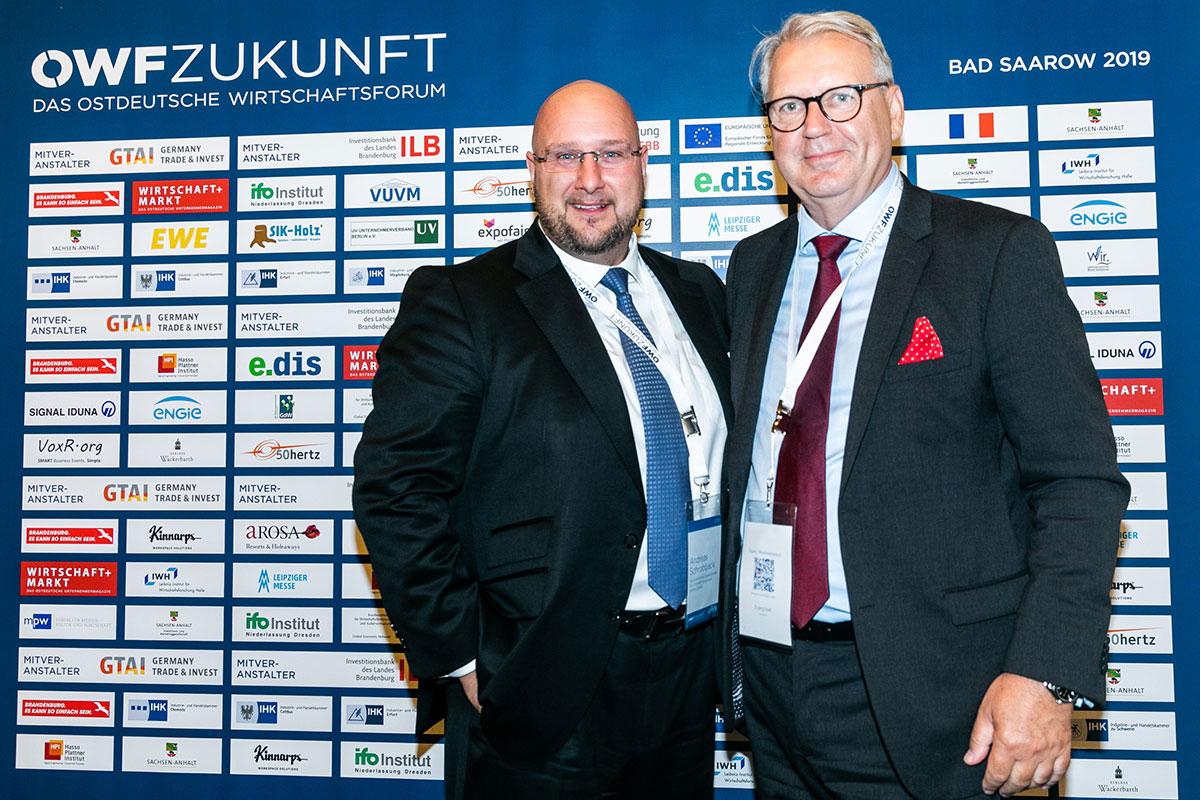 Andreas Schrobback mit Frank Nehring (Sprecher I Initiative Wirtschaft.Wachstum.Zukunft II Managing Director I OWF.ZUKUNFT II Herausgeber von WIRTSCHAFT+MARKT)