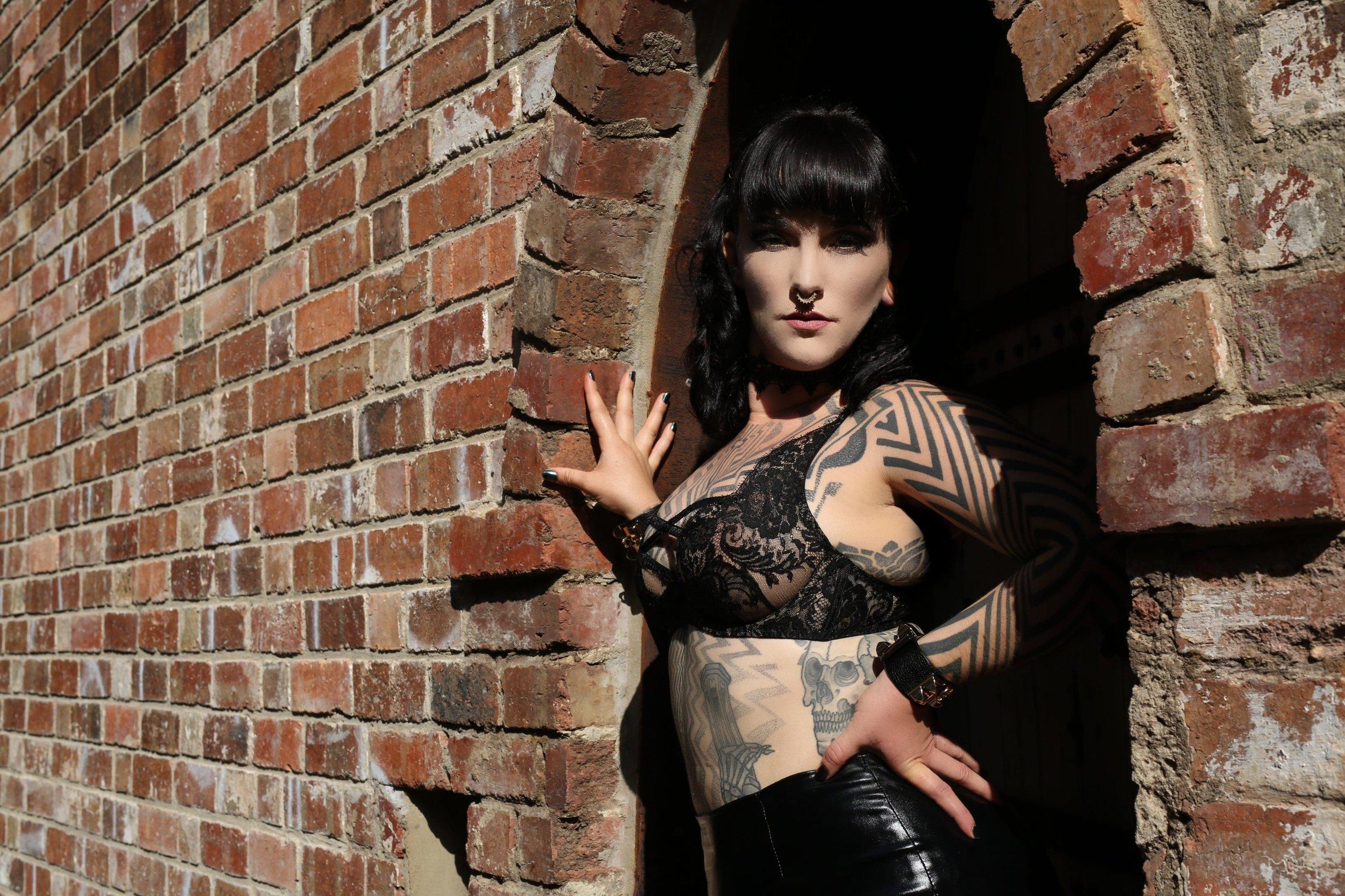 Mistress Tallula Tattooed, Kinky, Escort BDSM, ProDom, Professional Dominatrix, Seductive Domme, fetish escort, kinky escort, sydney mistress, australian mistress