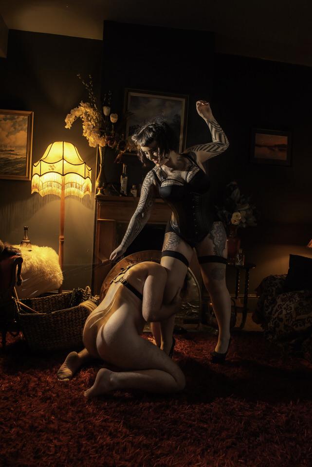 Miss Tallula leather flogger femdom flogging.jpg
