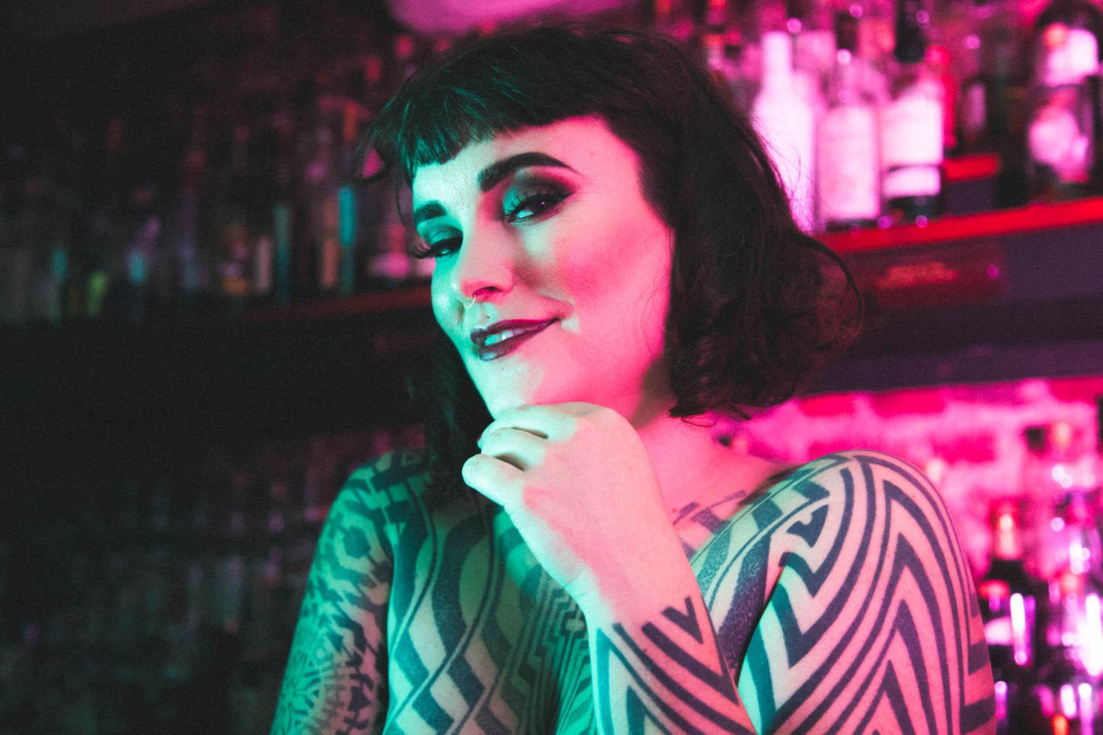 miss tallula whisky mistress whisky date whisky bar sydney london scottish whisky tattooed dominatrix