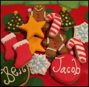 mini elf cookies.jpg
