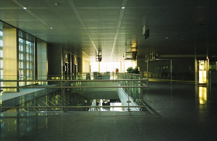 airport+2.jpg