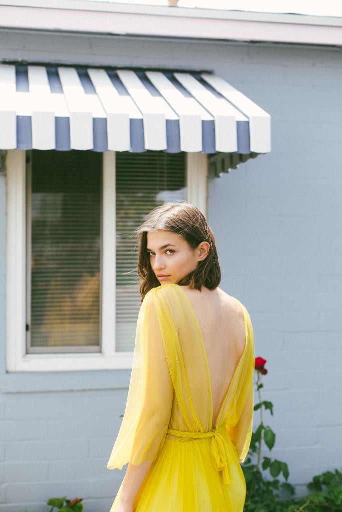 Christina Sfez robe Daisy 4.jpg