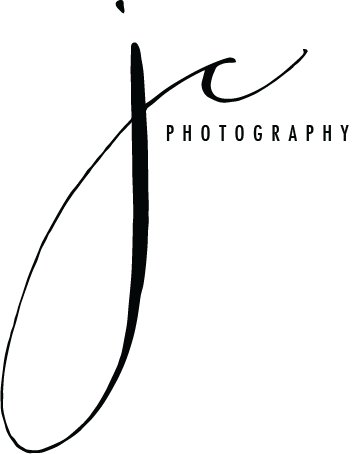 jennifercrookphoto-simplebw-2-1.png