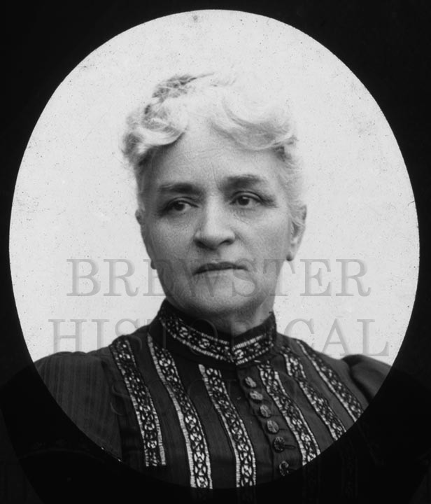 18. 1970.10.T173A  Mrs. Dugan c.1890 - photographer Cornelius Chenery