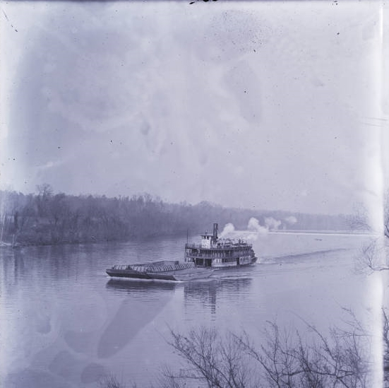 boat and barge on lock 12.jpg