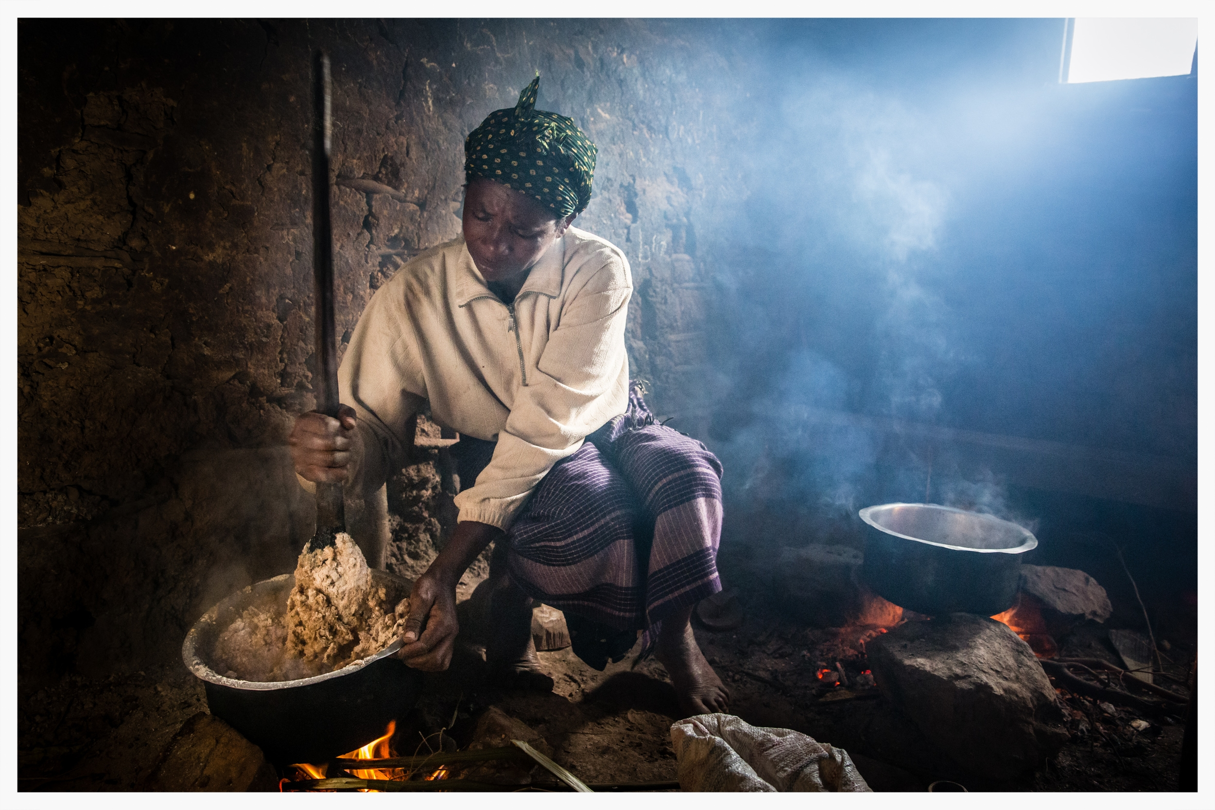 Making bread the traditional way in Kabale district, south west Uganda. Photo © Marcus Perkins