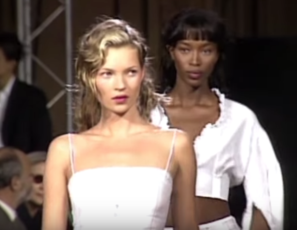 Kate Moss and Naomi Campbell for Chloe -1998   Screenshot from Year in Fashion .
