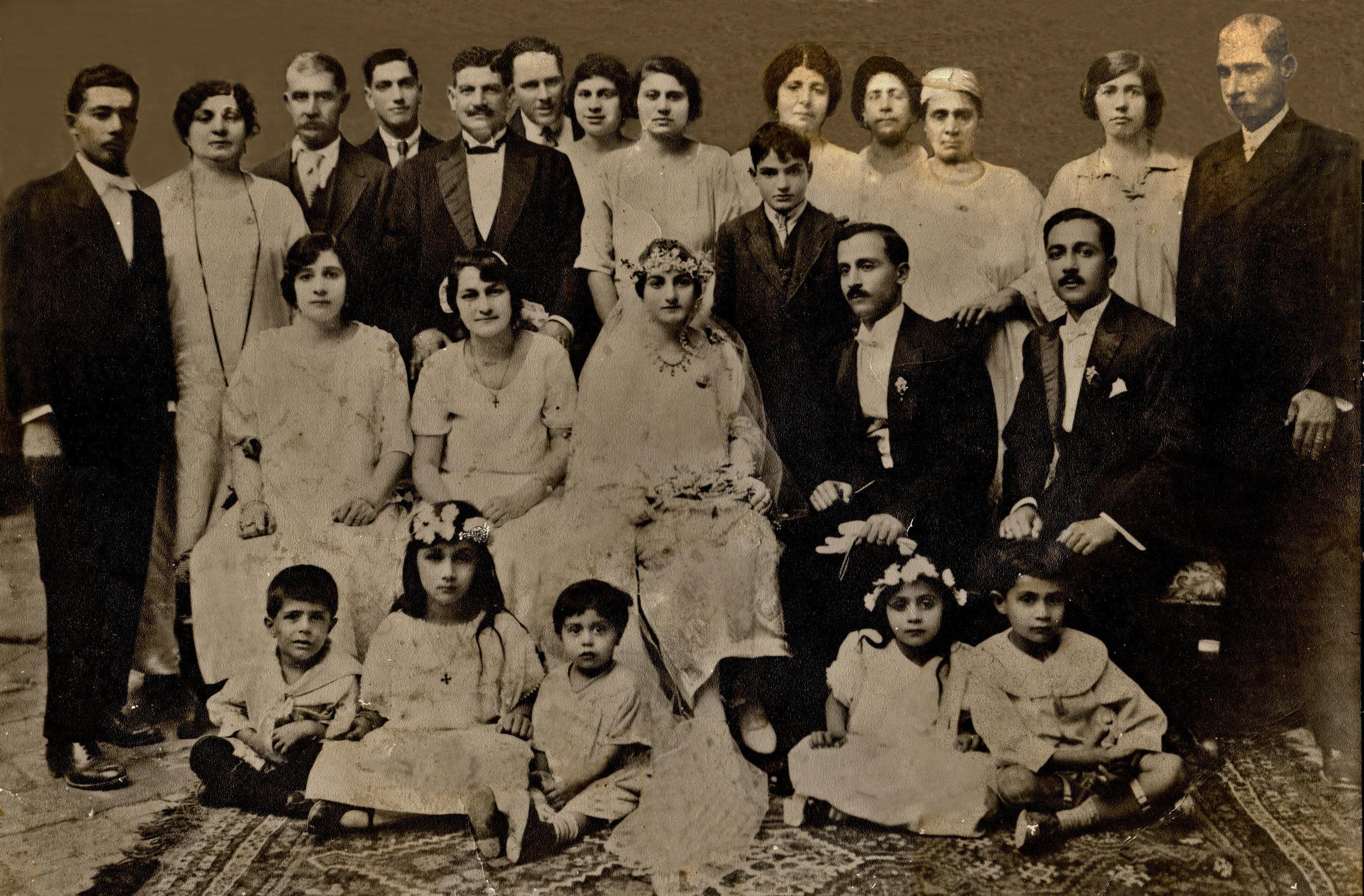 Aunty May's wedding 1925 (1).jpg