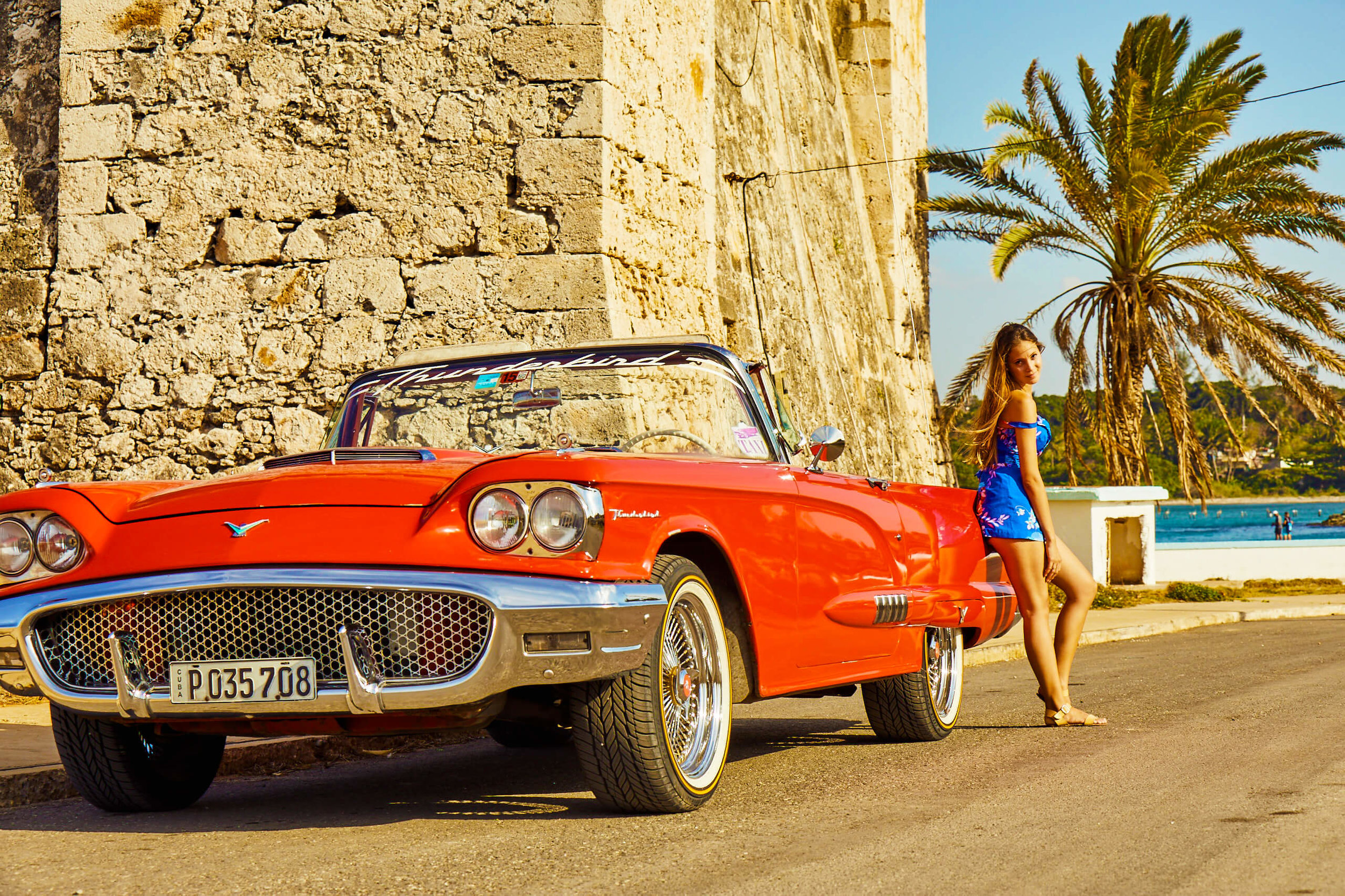 classic_car_by_the_sea_cojimar_cuba.jpg
