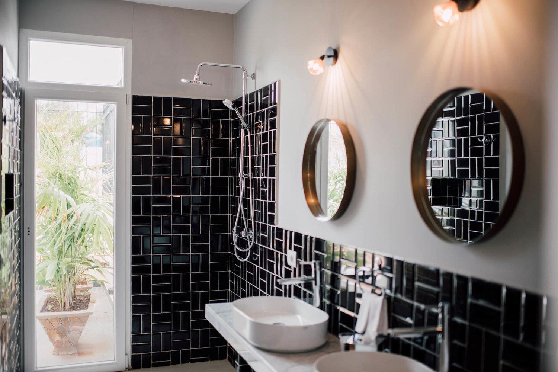 cuba_travel_exclusive_accommodations_bathroom.jpg