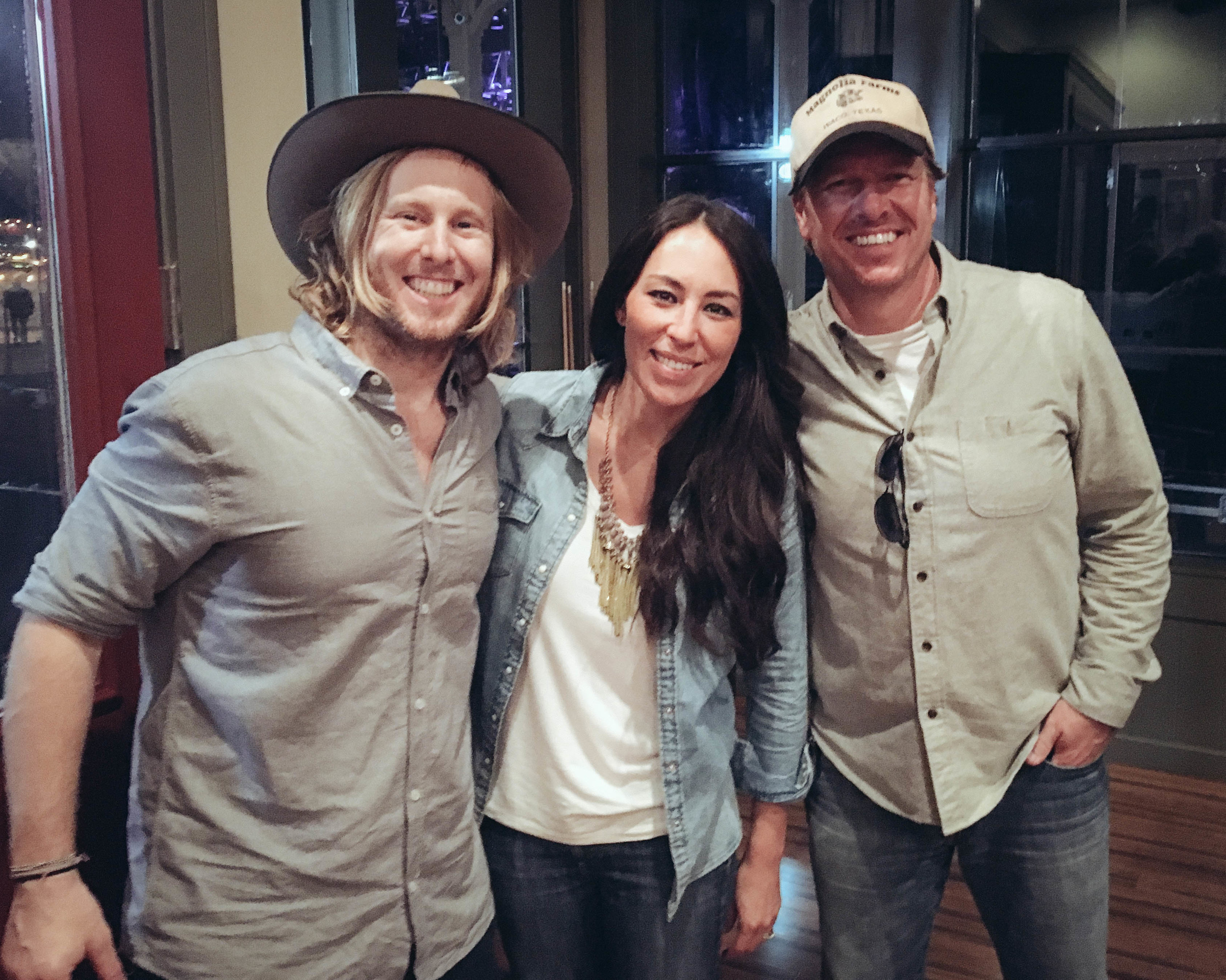 Chip & Joanna were backstage at Willy's Ranch. Loved chatting w/ them after we got done playing.