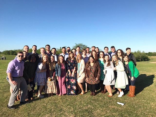 HE IS RISEN!! 🙌🏼 Happy Easter from our squad to yours 💛 #harvestmemphis