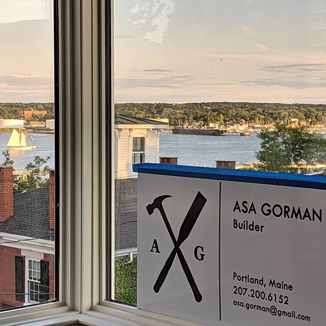 Things are really coming together @thisoldgrayhouse. Not a bad view from this former attic space! Architect: @kaplanthompsonarchitects  #asagormanbuilder #customhome #portlandmaine #renovation #mainehome#residentialarchitecture #carpentry#customwork #interiordesign#custombuilding #fabrication#design #oldhouse #oldmeetsnew #custom#modern #architecture #handbuilt#interiors #roomwithaview  #cascobay