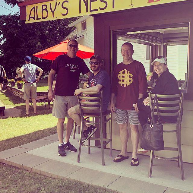 Having fun at Alby's Nest! #washingtonisland #summerfun #burgerplusbeer #4thofjulyweek