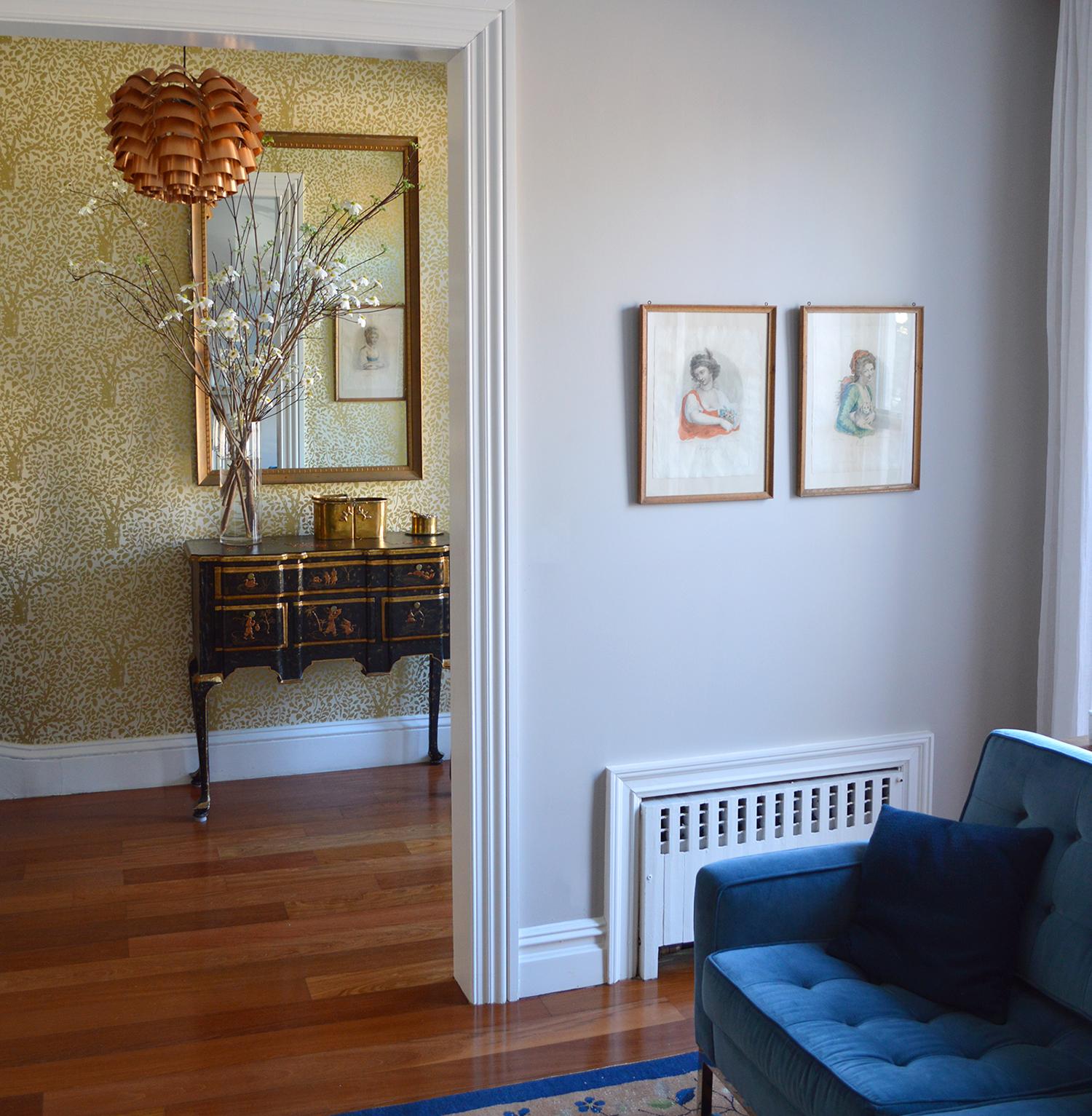 AFEntry&Sofa.jpg