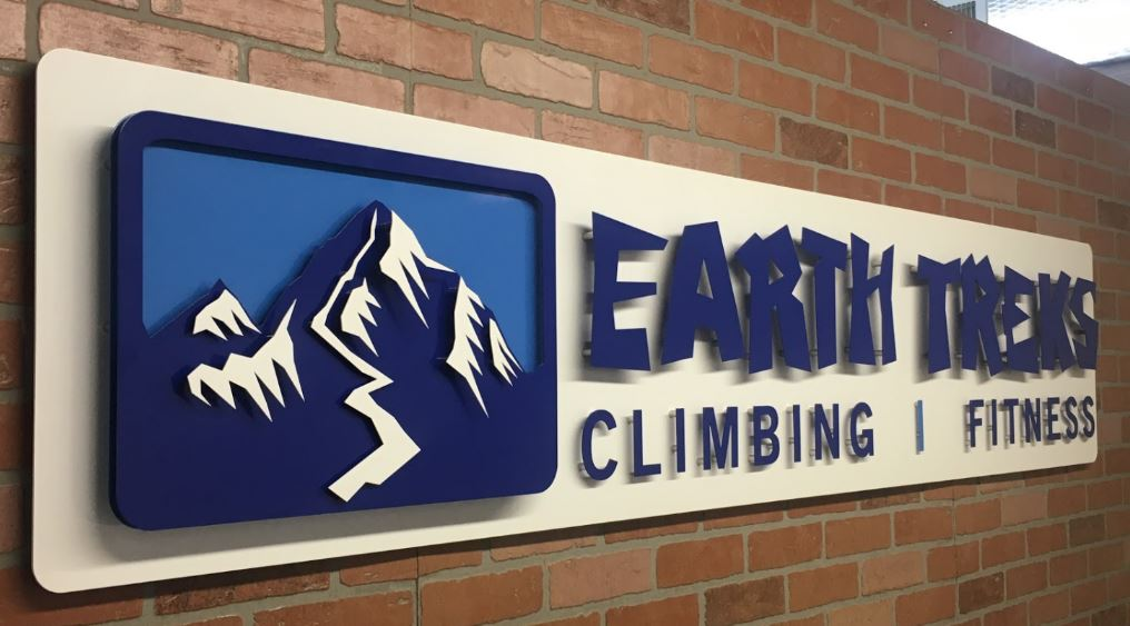 Earth Treks - Custom Metal Sign.JPG