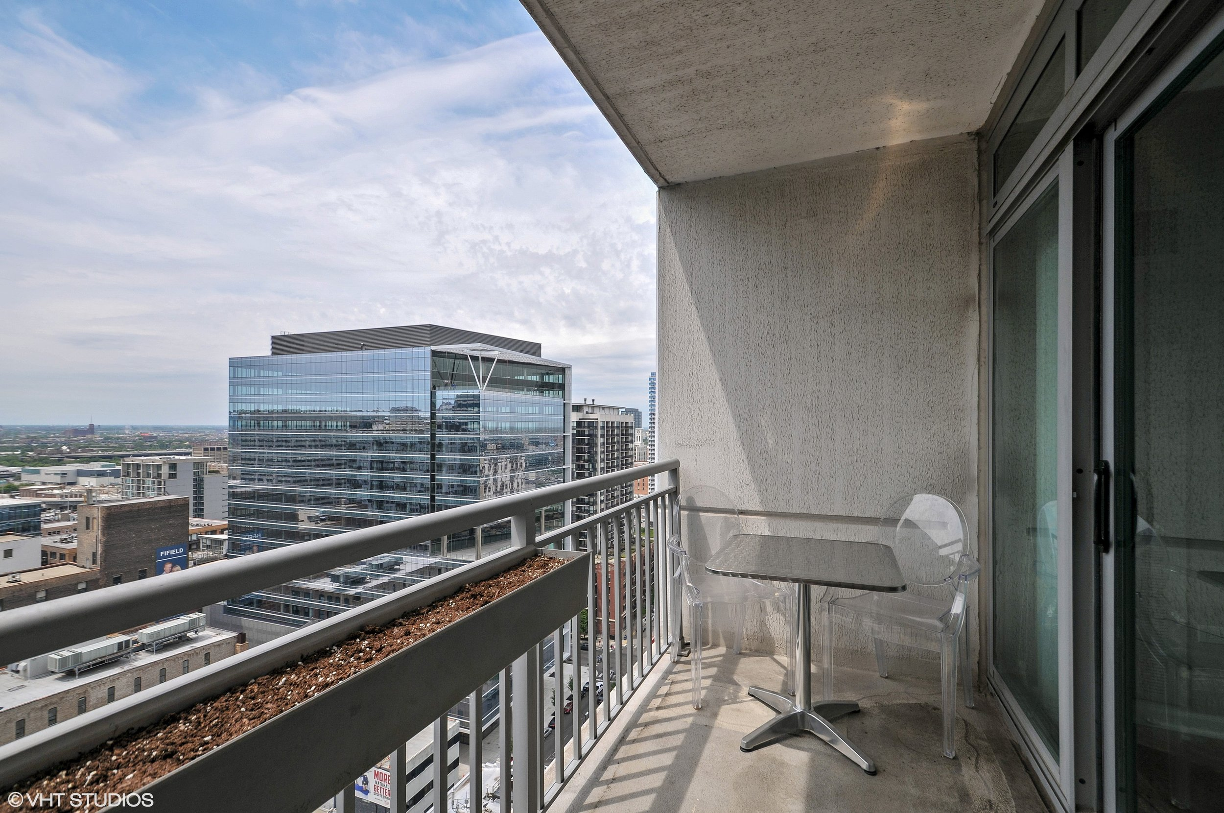 09_125SJeffersonSt_Unit2309_99_Balcony_HiRes.jpg