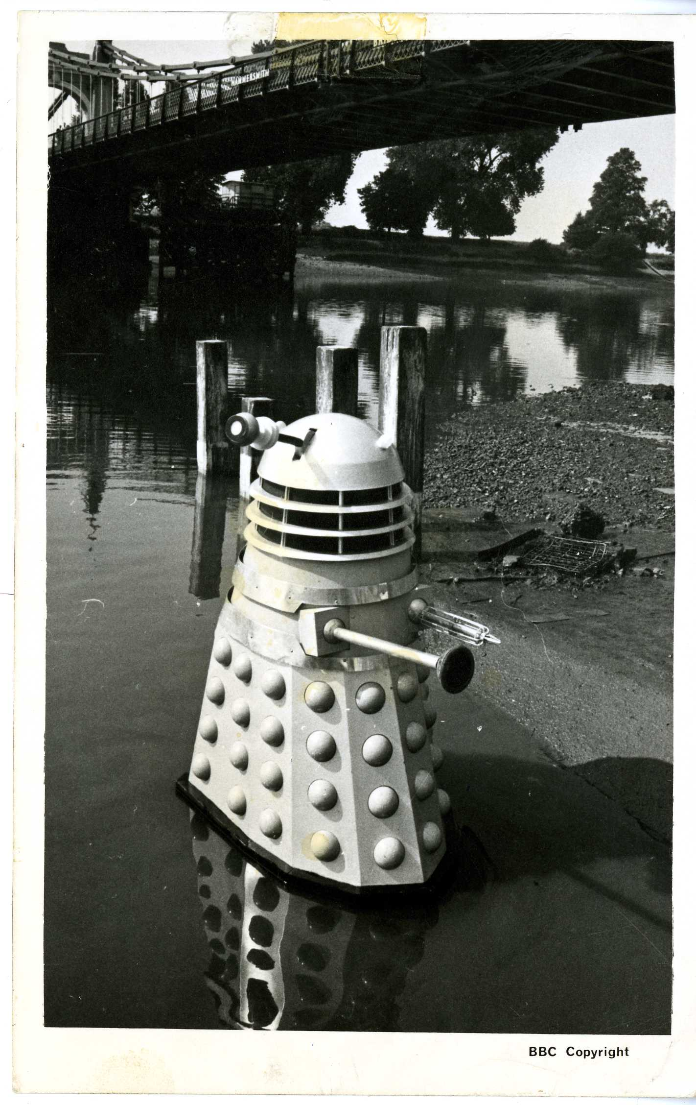 BBC TV Fan Card of a Dalek from The Dalek Invasion of Earth