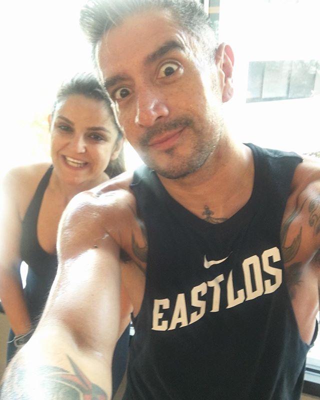 My #sunday #workout partner is hotter than yours!!!! @eabedi79 @equinox #love #friendship #couples #hotarmenians #middleeasterners #eastlos #nike #amigos #equinox #committosomething #equinoxmademedoit #gym #ropesandrowers #groupfitness #instafit