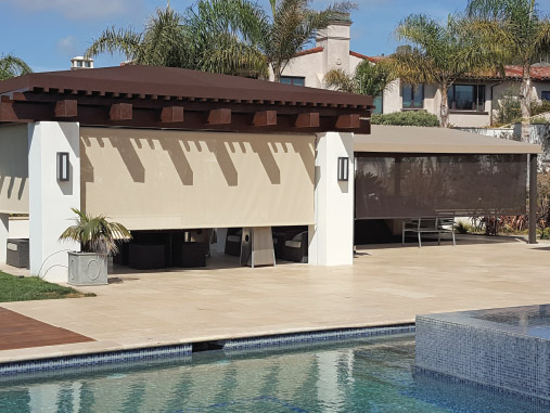 King Awnings: Retractable Sunscreen