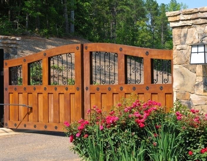 GATES & FENCES - CLICK HERE