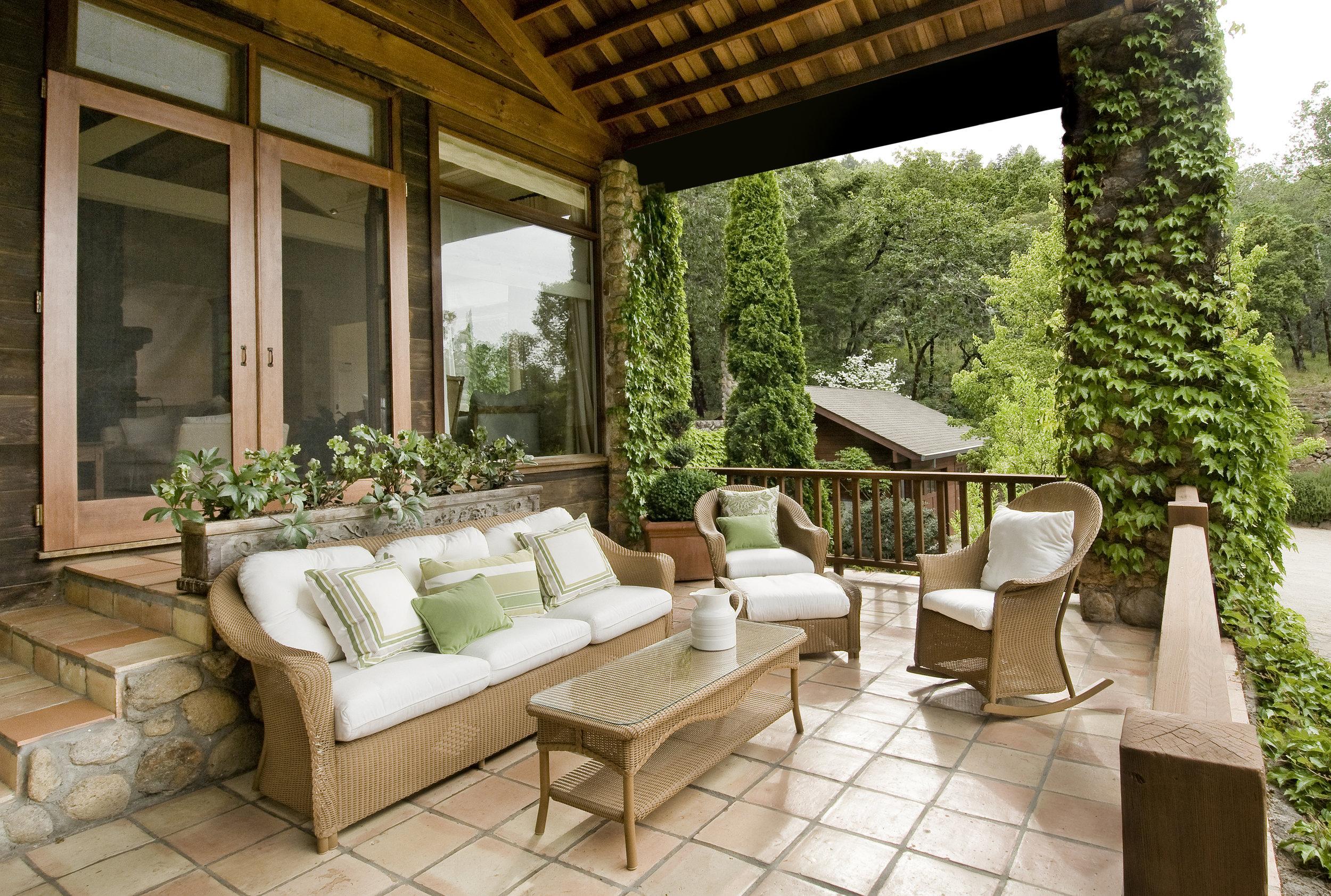 bigstock-Beautiful-Front-Porch-5080312.jpg