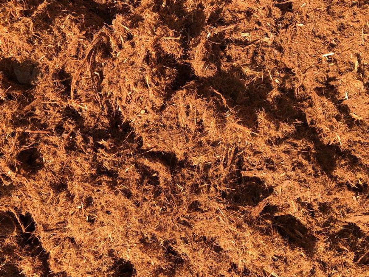 EASTMAN SOIL PRODUCTS: Redwood Shredded Mulch (Gorilla Hair)