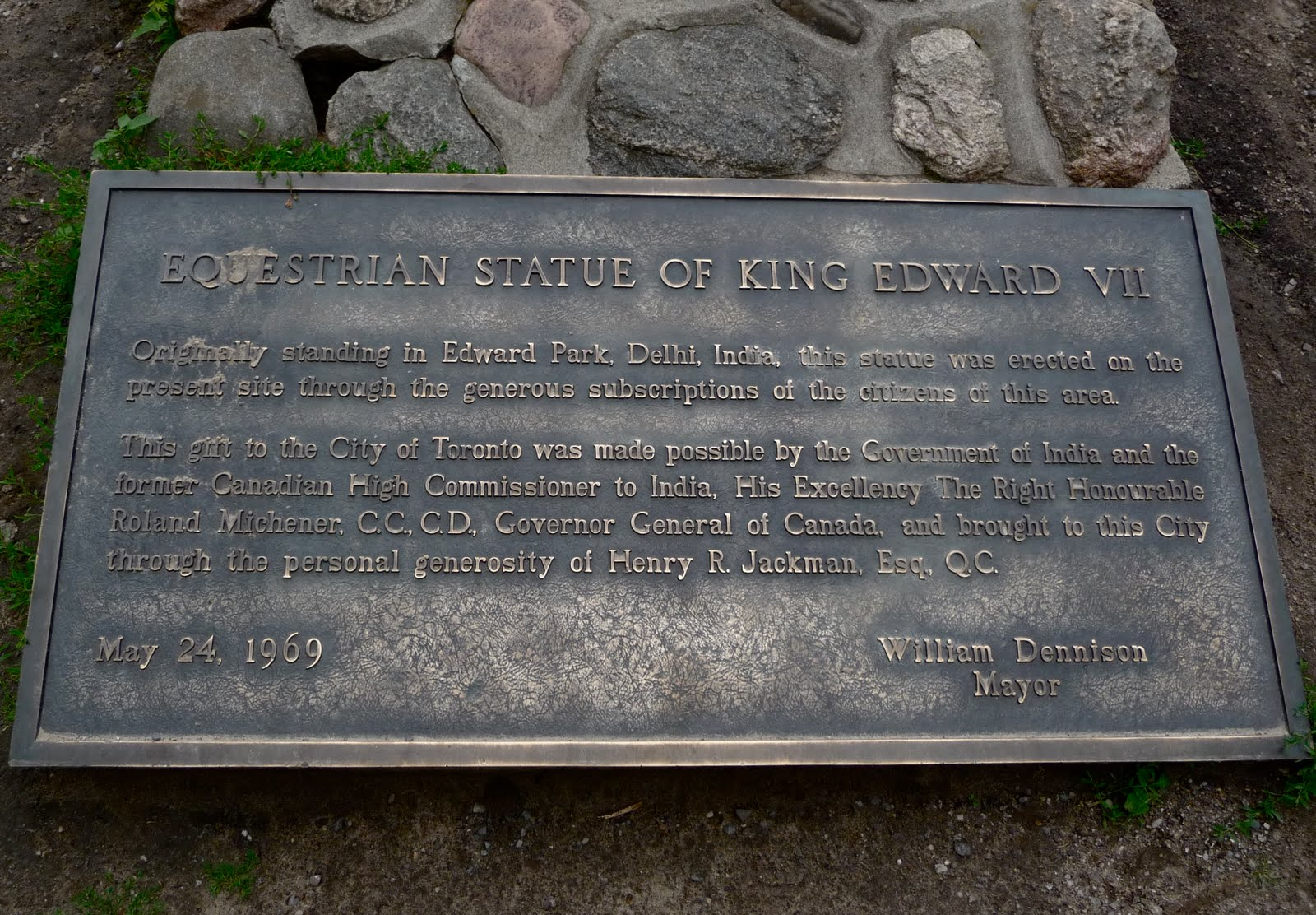 Plaque from Mayor Denninson announcing the move of the Equestrian Statue of King Edward VII from Dehli, India to Toronto, Canada in 1969. ( Notes From the Floating World )